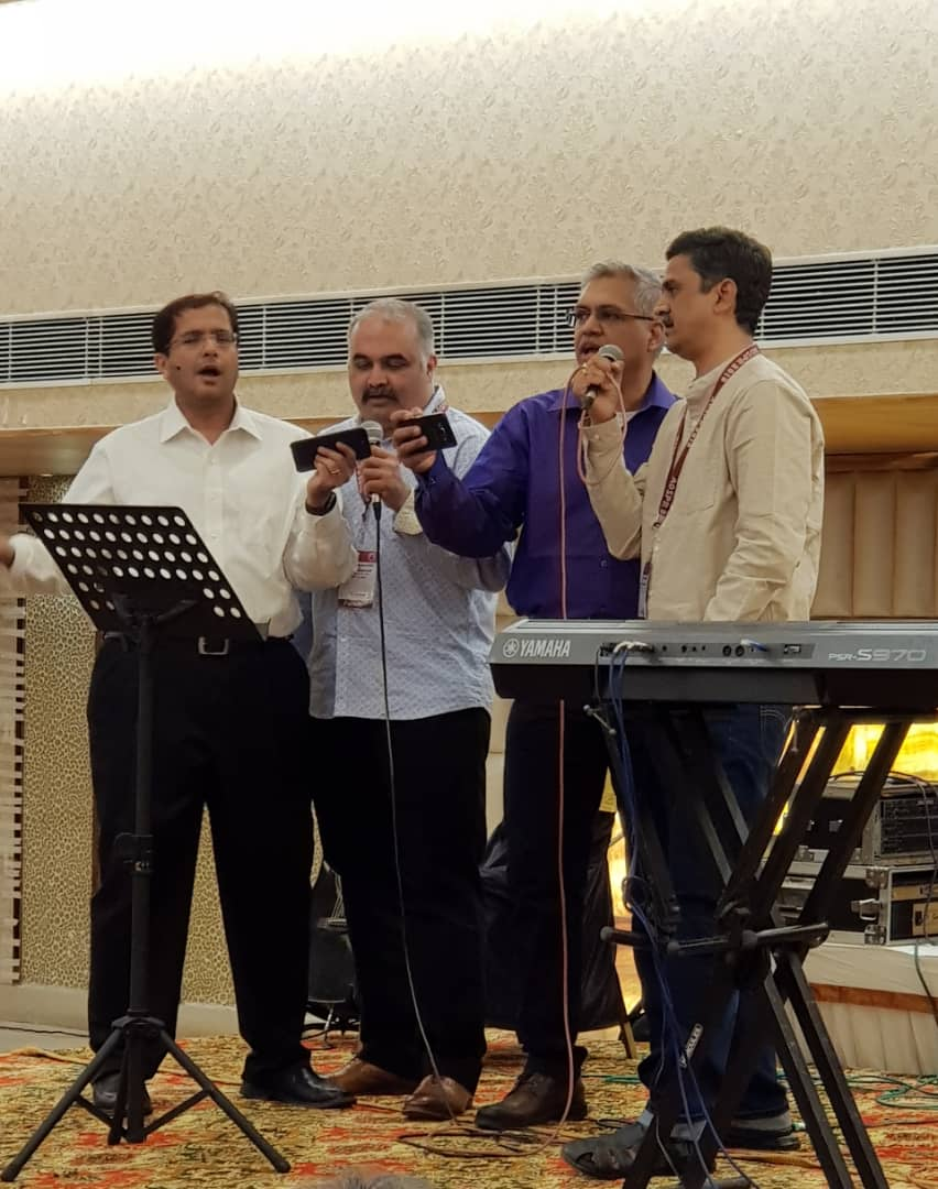 Singing Bollywood songs with doctors Ajay Taranath (Adelaide), Murthy Chennapragada (Sydney) and Sridhar Gibikote (Vellore, India)